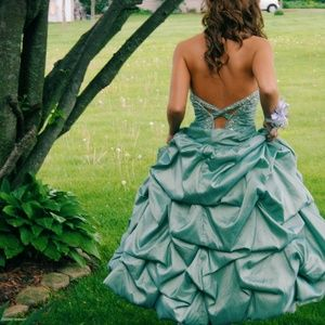 Prom Dress Low Cut Out Ruffle Beaded Long Dresses